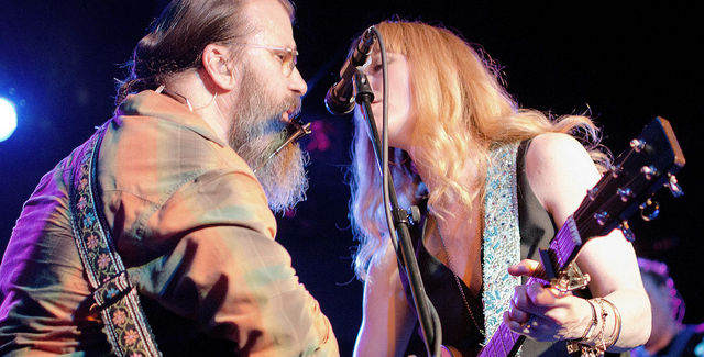 Steve Earle performing with country singer Allison Moorer. -- photo by SD Dirk