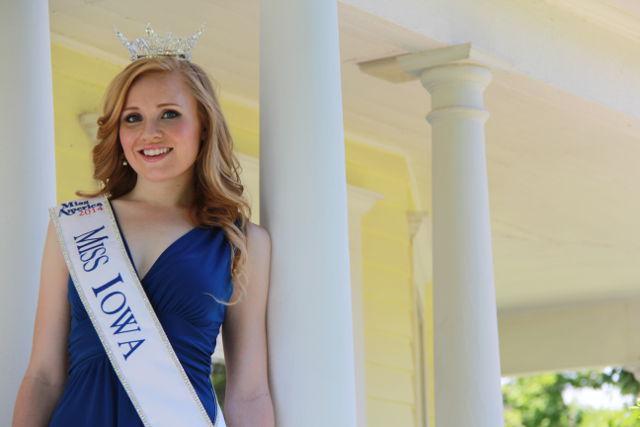 Aly Olson, Miss Iowa 2014 -- photo by Tonya Kehoe