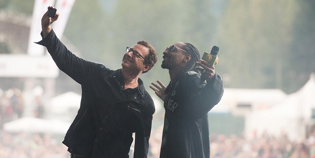 Bob Saget and Snoop Dogg pose together. -- Photo courtesy of Pemberton Music Festival