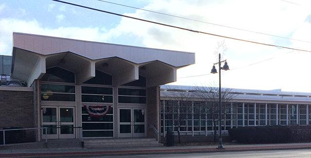 Robert A Lee Rec Center
