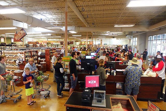 Throngs queueing up for checkout at Lucky's Market on July 1  photo by Adam Burke