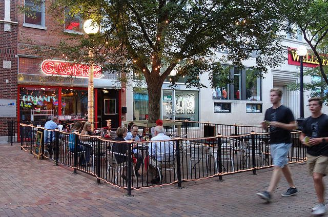 Givanni's on the Ped Mall. -- photo by Alan Light
