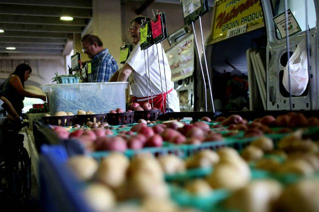 The Iowa City Farmers Market will accept EBT starting in May. -- photo by Rachel Jessen