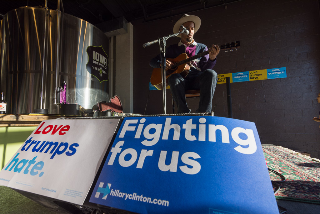 Ben Harper performs in support of Hillary Clinton at Iowa Brewing Company in Cedar Rapids on Thursday, Nov. 3, 2016. -- photo by Zak Neumann