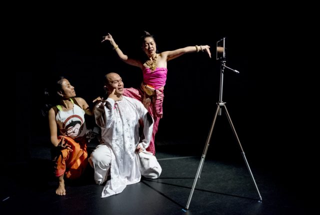 The dancers in 'Soil,' L-R: Chankethya Chey from Cambodia, Nguyen Nguyen from Vietnam and Waewdao Sirisook from Thailand. -- photo by Miriam Alarcón Avila