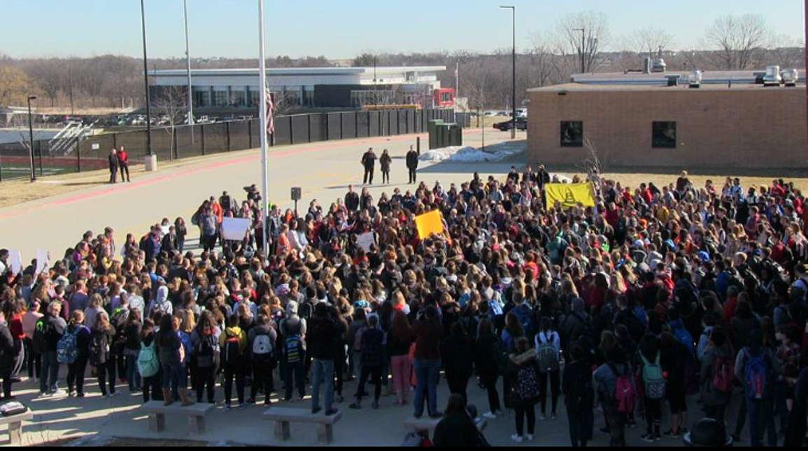 Student gun control rally at MN Capitol draws more than 1000