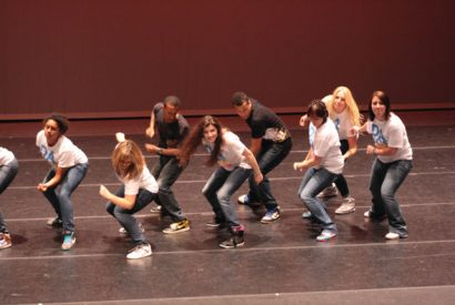 MOvMNT Dance Company